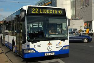 riga airport bus 22